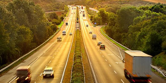 Leder du efter smøreolie, som er godkendt af ledende bilfabrikanter? TOTALs produktsortiment tilbyder innovativt udviklede smøremidler til alle typer af transportmidler, anbefalet og godkendt af verdensledende bilmærker.