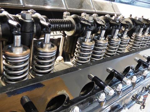 Optimera värdet av din gasmotor med våra smörjmedel för gasmotorer med t.ex. produktserieNATERIA och SUPRA.