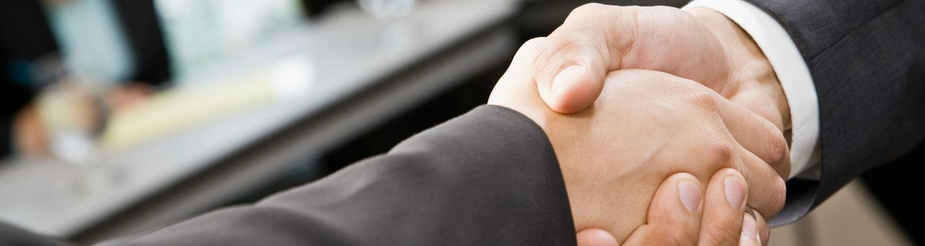 TotalEnergies är samarbetspartner med flera av världens främsta fordonstillverkare. Dessa samarbeten ger TOTAL möjlighet att dela innovation, erfarenhet och kunskap med globalt ledande aktörer